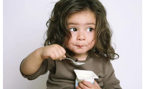 Proceso sobre guarda y custodia de menores y de alimentos