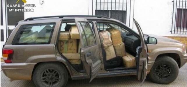 Detenido mientras transportaba una tonelada de hachís en su coche.