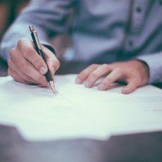 ¿Es legal solicitar a un trabajador un certificado de antecedentes penales?