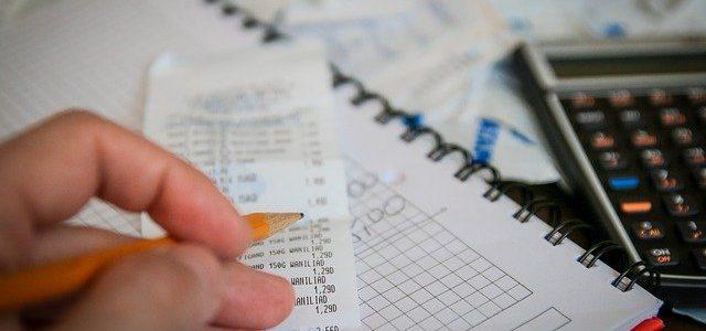 Procedimiento monitorio en Canarias: ¿Cómo reclamar el pago de deudas?